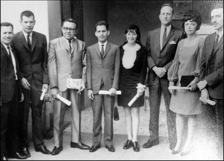 Primera graduación de periodistas hondureños