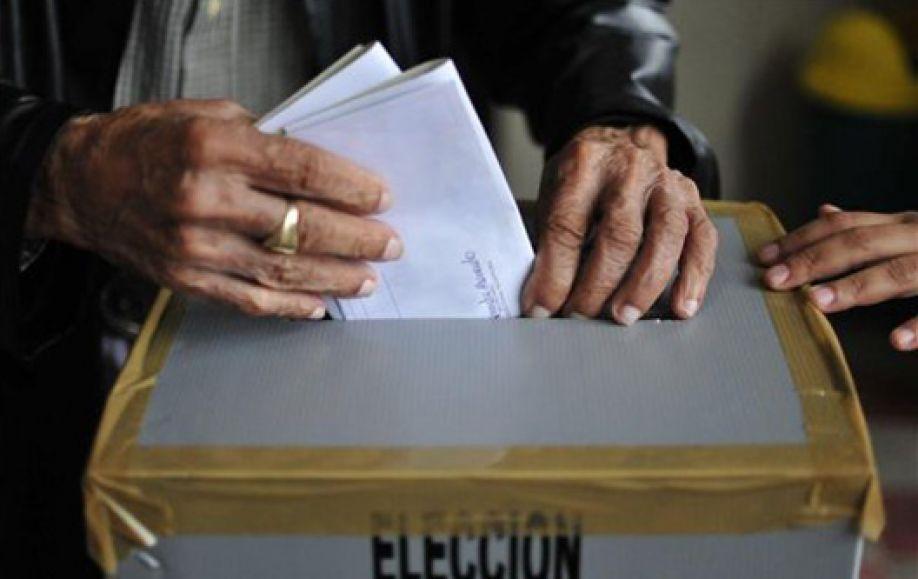 SEGUNDA VUELTA ELECTORAL Y CONSULTA POPULAR SOBRE LA REELECCIÓN PRESIDENCIAL DEBEN SER PRIORIDAD EN REFORMAS ELECTORALES